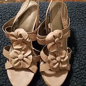 New York & Company pink flowered espadrille wedges